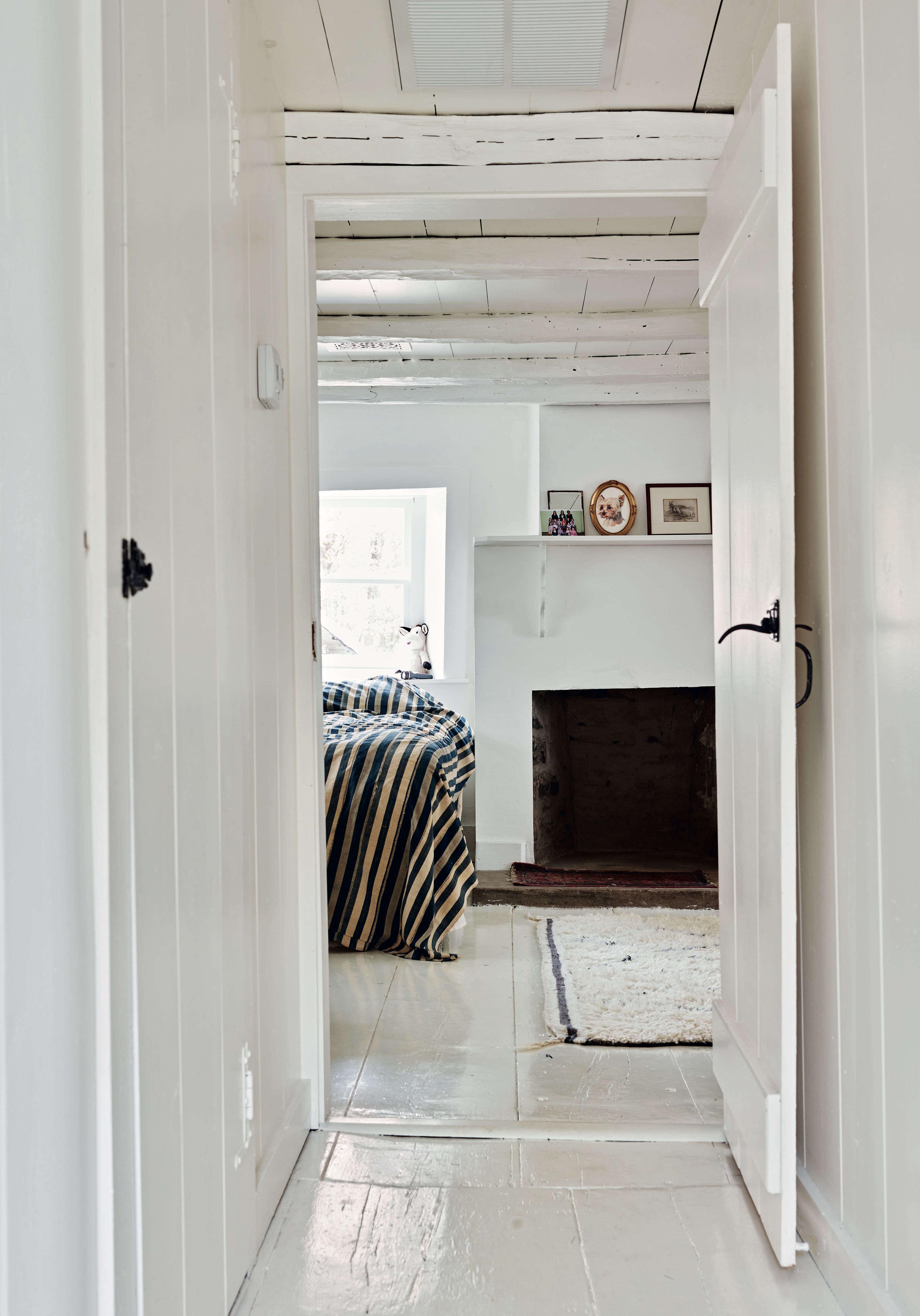 2taavo-somer-bedroom