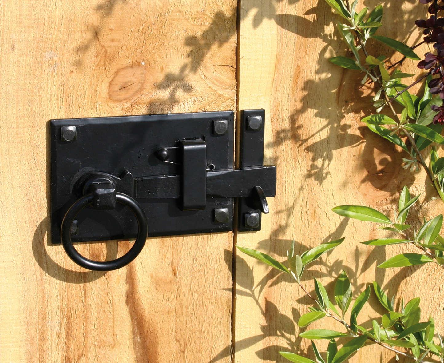 Hardware 101: Gate Latches - Gardenista