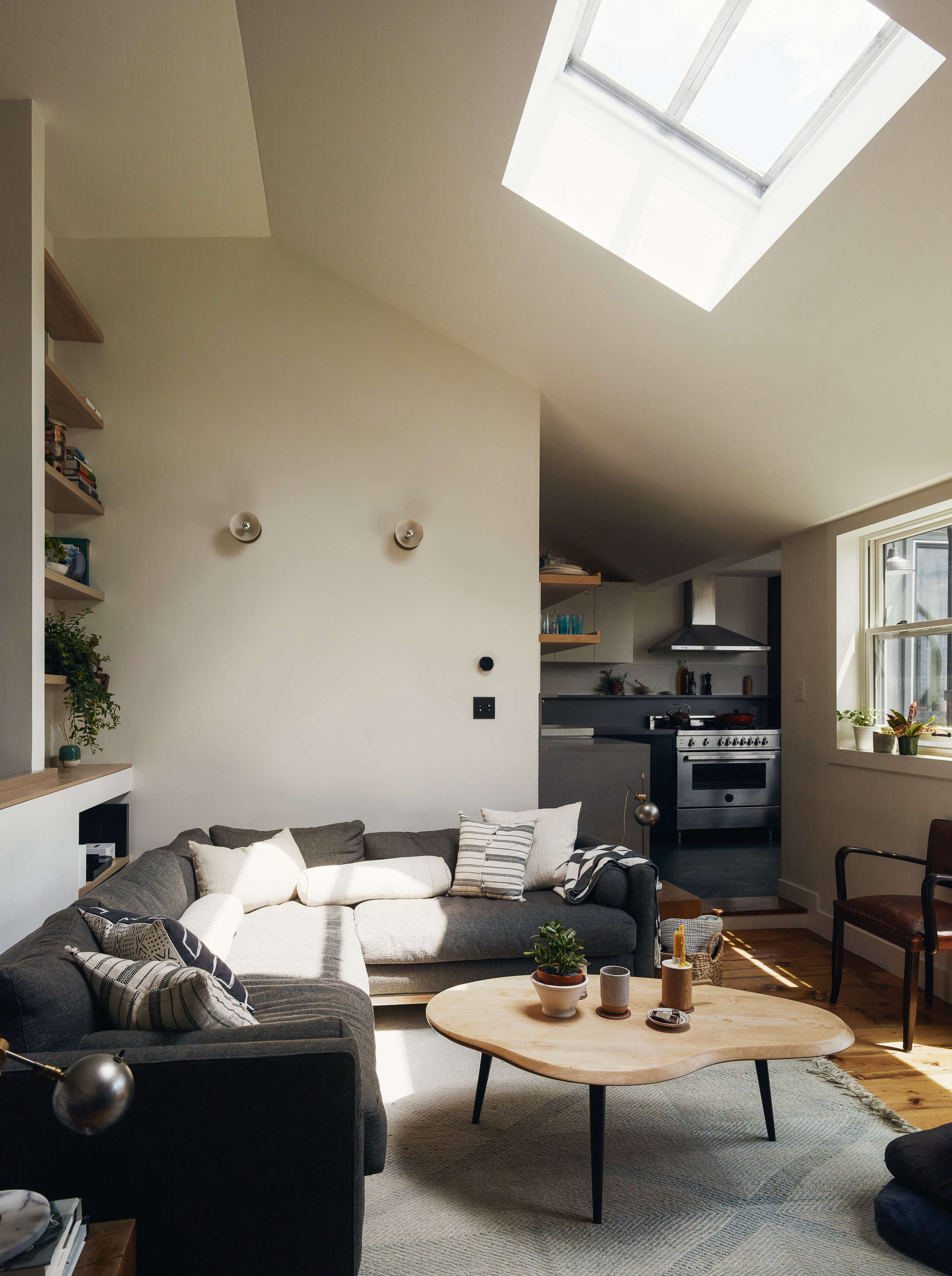 Before After In Brooklyn Heights A Petite Flat Transformed
