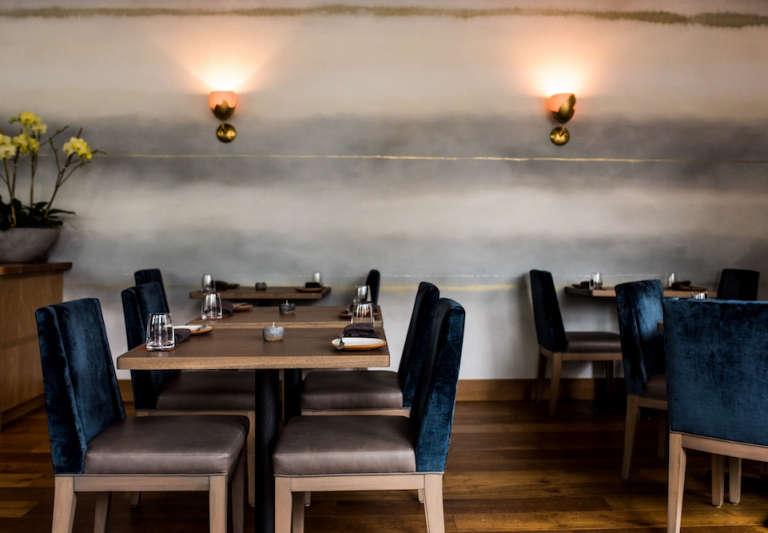 restaurant dining room san francisco painted motif walls
