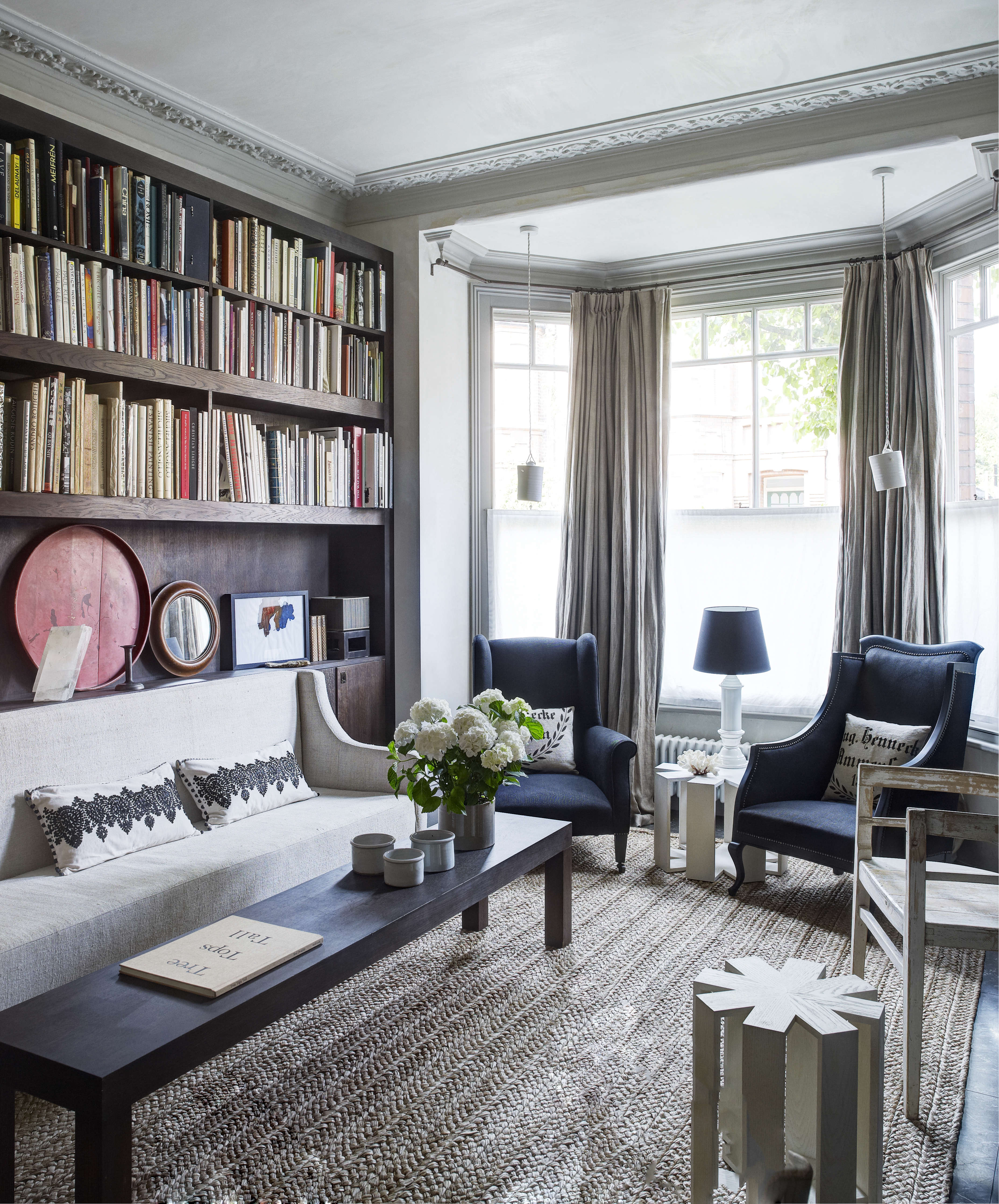 slow architecture an elegant monochrome home in london by spencer fung london house by richard powers