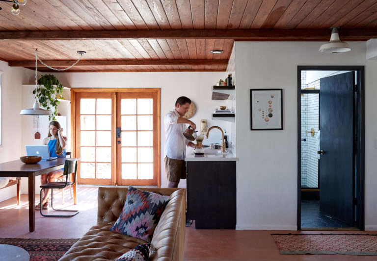 Joshua Tree Casita Airbnb DIY remodelers Sara and Rich Combs Kate Sears photo 5