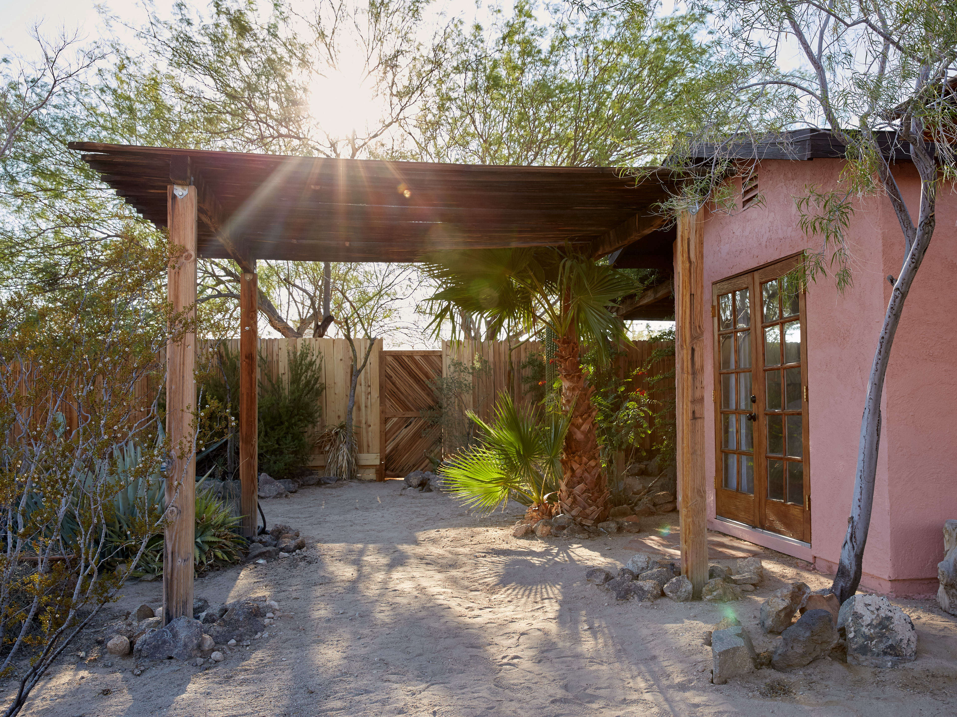 The Joshua Tree Casita: A Stylish DIY Remodel, Budget Edition ...