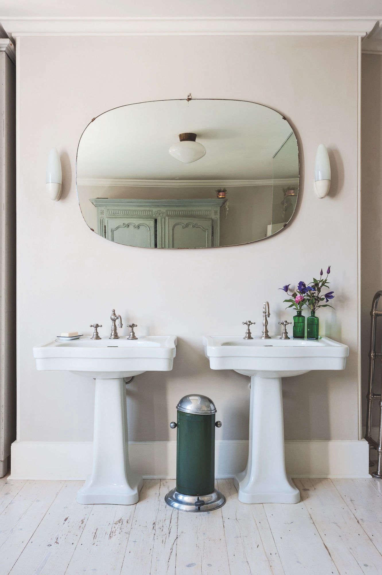 dual pedestal sinks green trash can round mirror bathroom uk