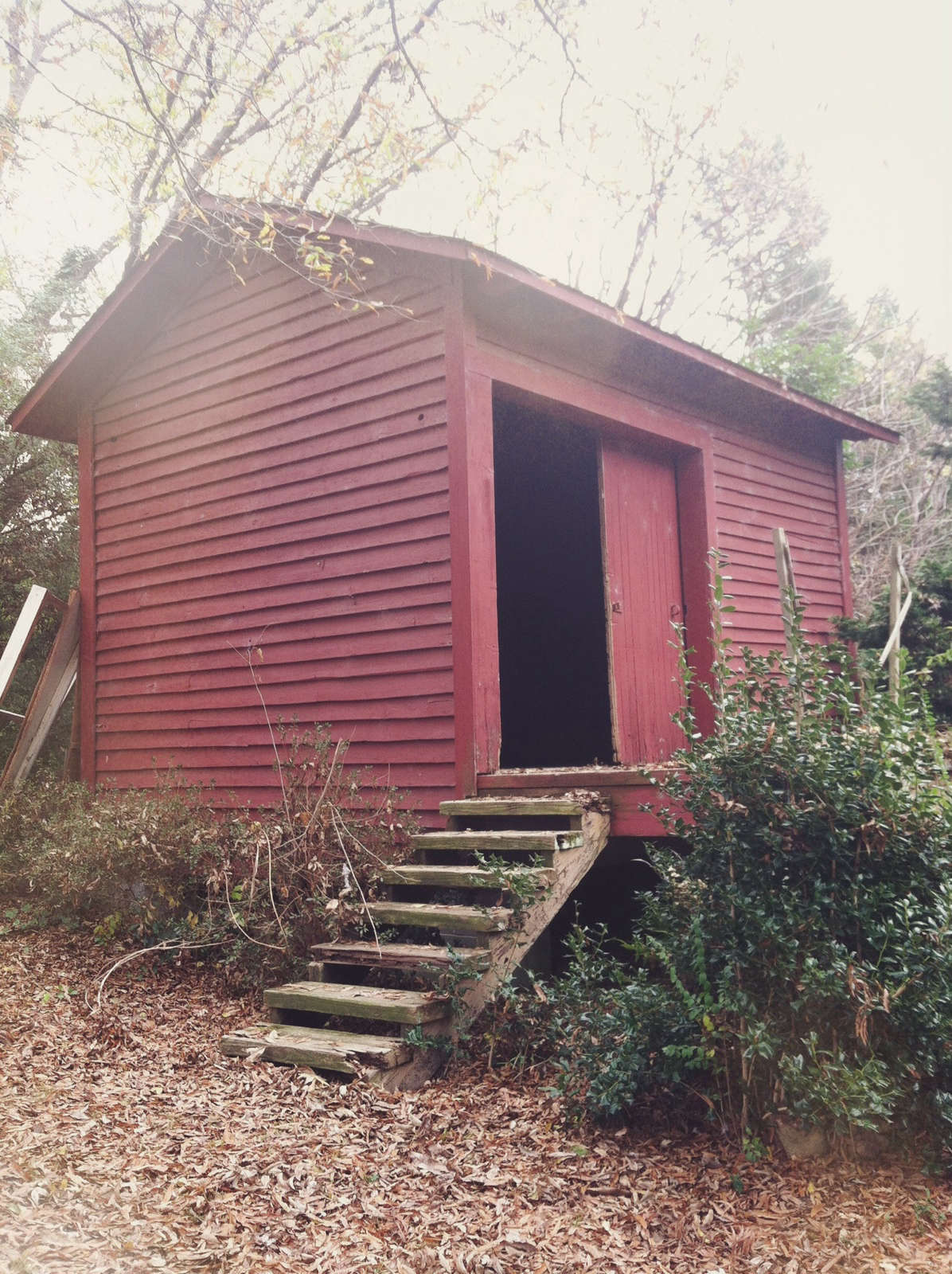 ^ Outbuilding of the Week: iny ailroad Shed ransformed into a ...