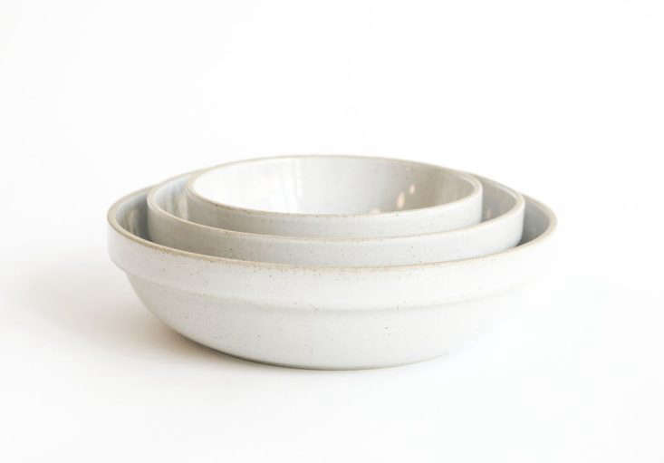 we like the unusual way hasami porcelain&#8\2\17;s gloss grey rounded bowls 9