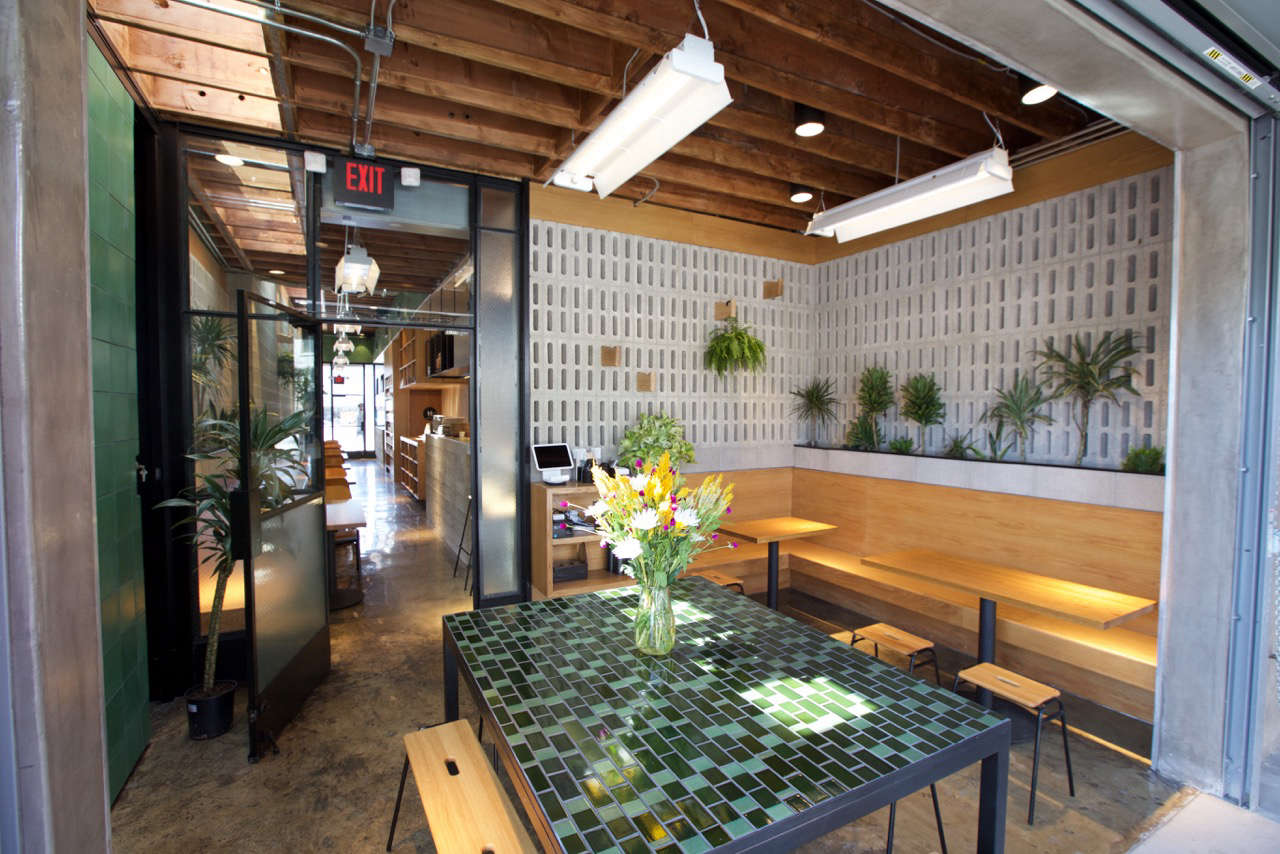 restaurant visit: concrete and green at an australian cafe in la