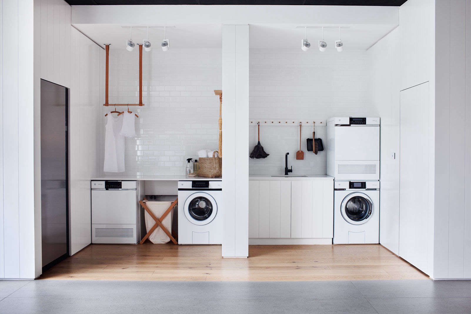 20 Favorites Clever Laundry Rooms, Space Saving Edition   Remodelista
