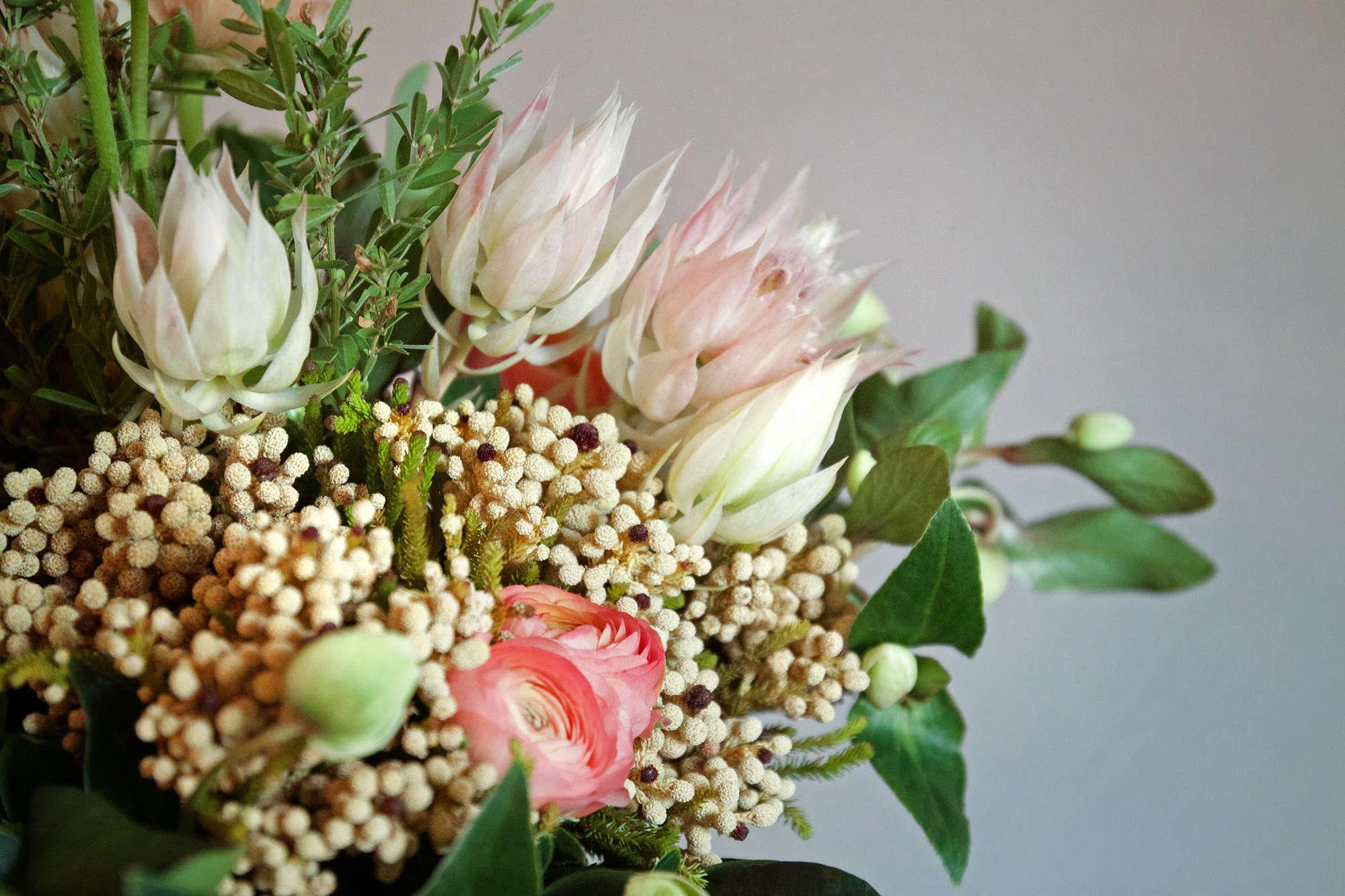 Nyc Flower Market 5 Floral Arrangements For 200 Gardenista