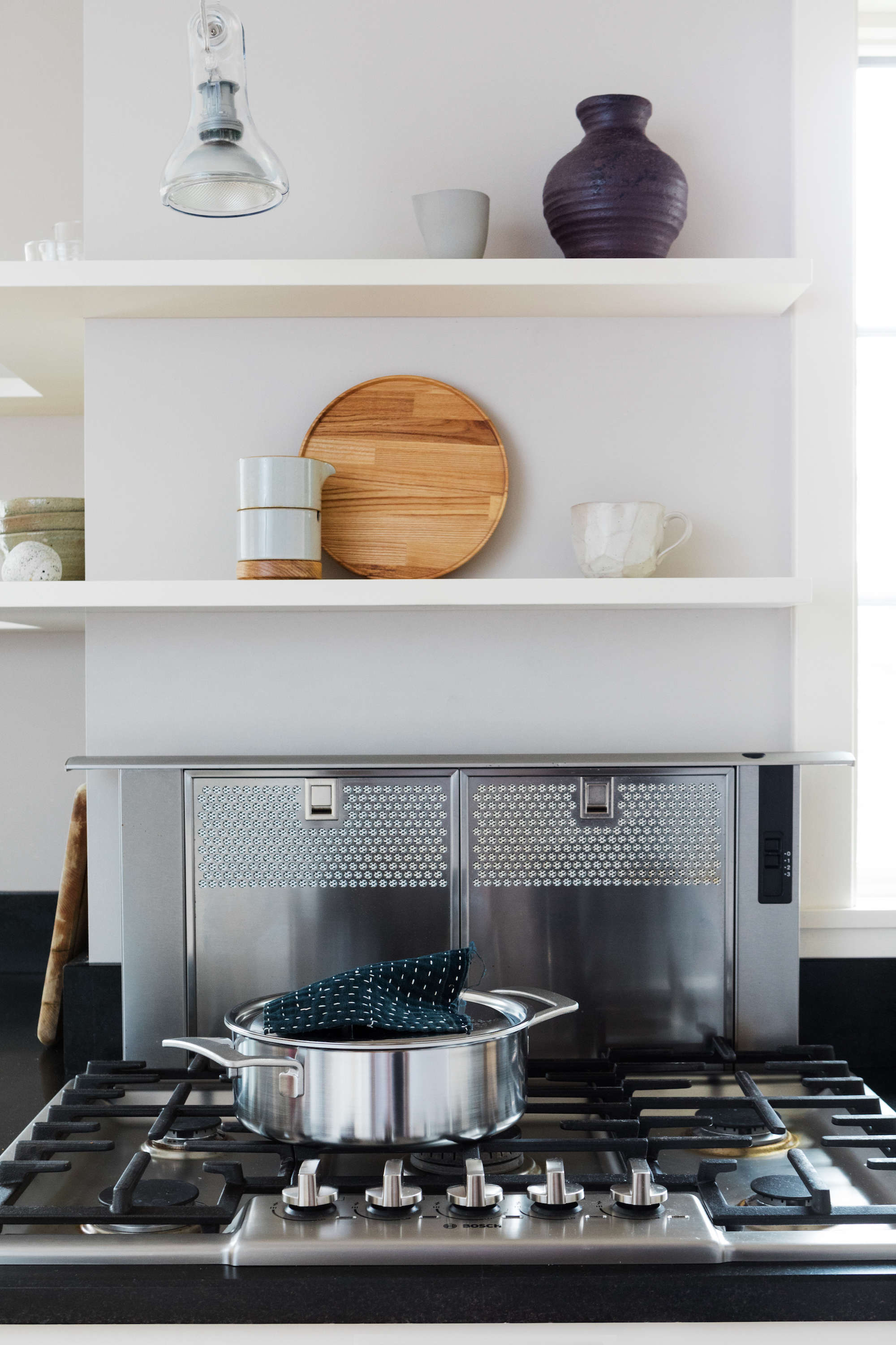 A Japanese Inflected Kitchen With Bosch Home Appliances
