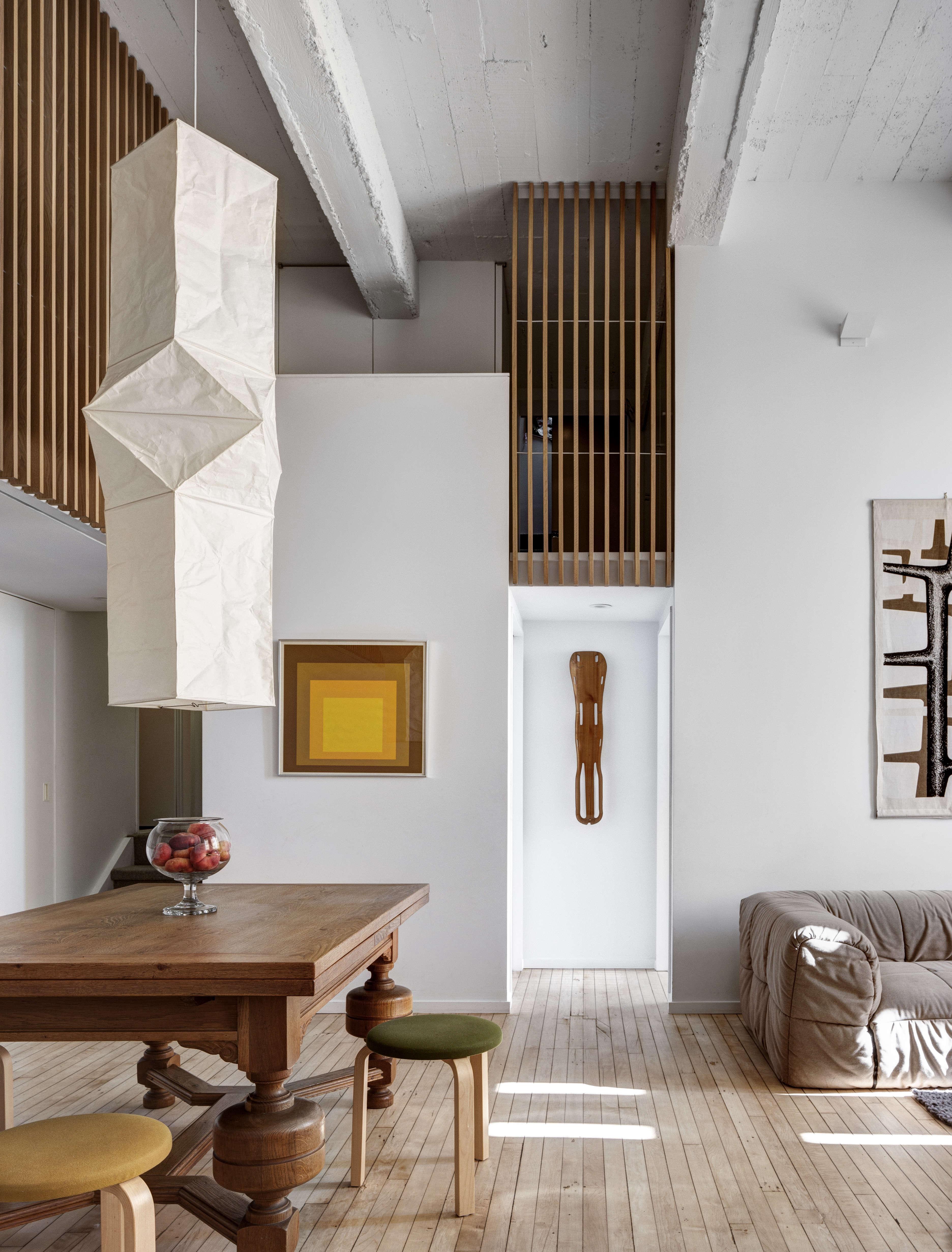 Jennifer Hanlin Cobble Hill Apartment Living Room, Photo by Bruce Buck