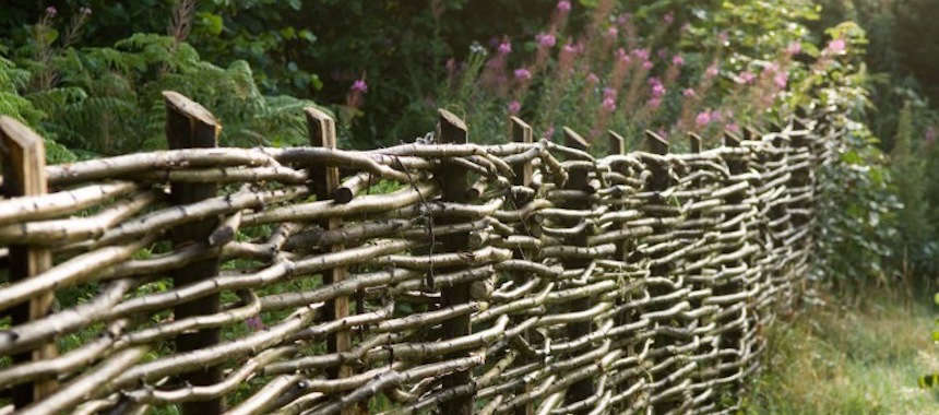 Hardscaping 101: Woven Fences - Gardenista