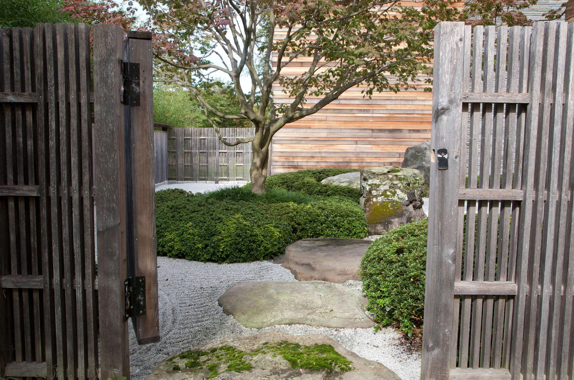 Japanese Garden Structures Designer Visit A Garden Inspired By Japan In Westchester County