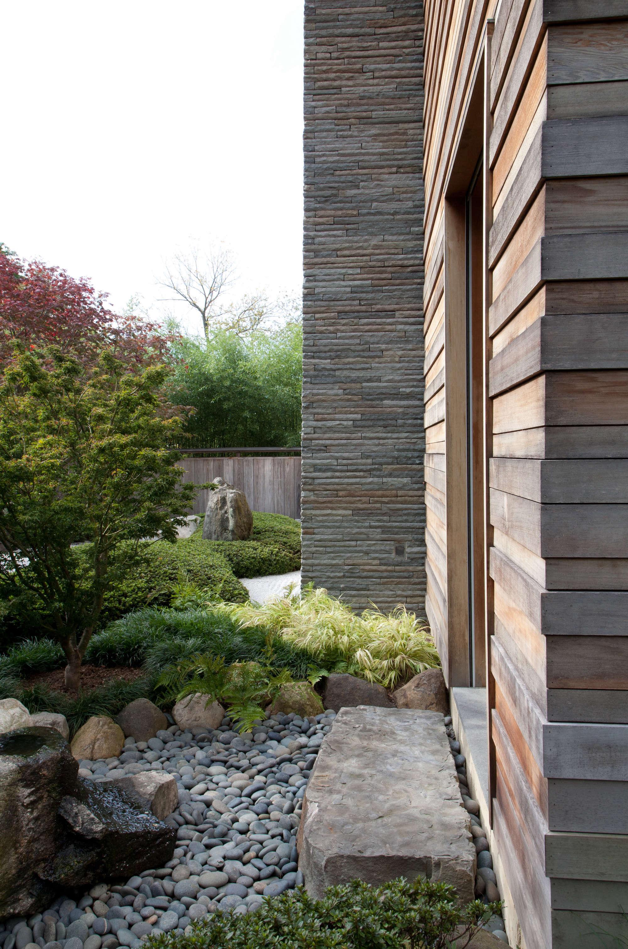 Japanese Inspired Garden Stone Wood Walkway Part 41