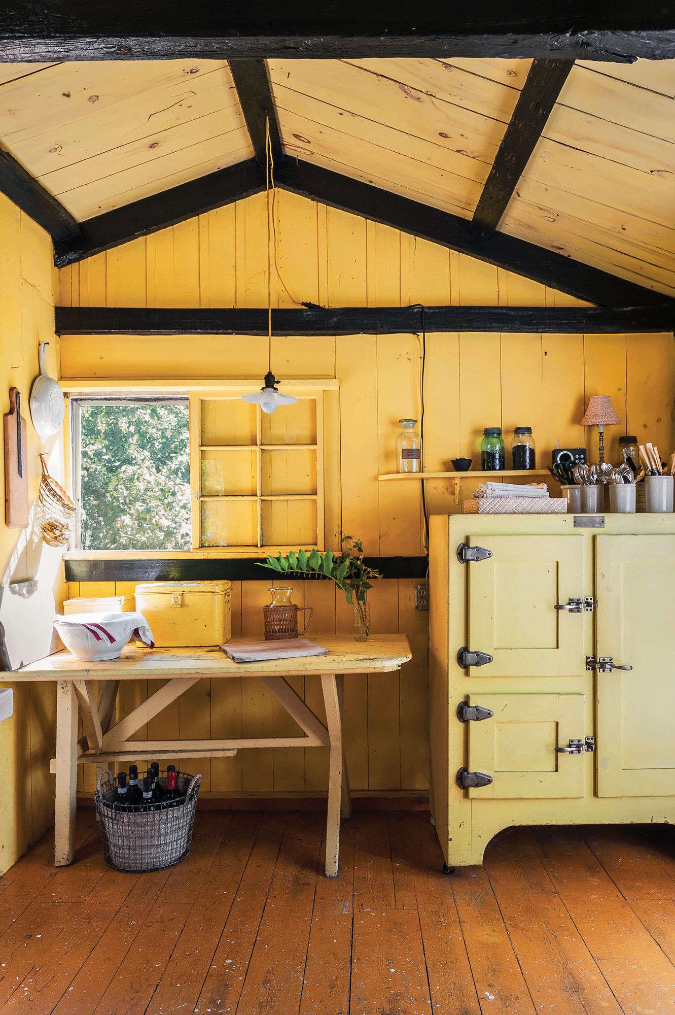 justine hand cottage kitchen