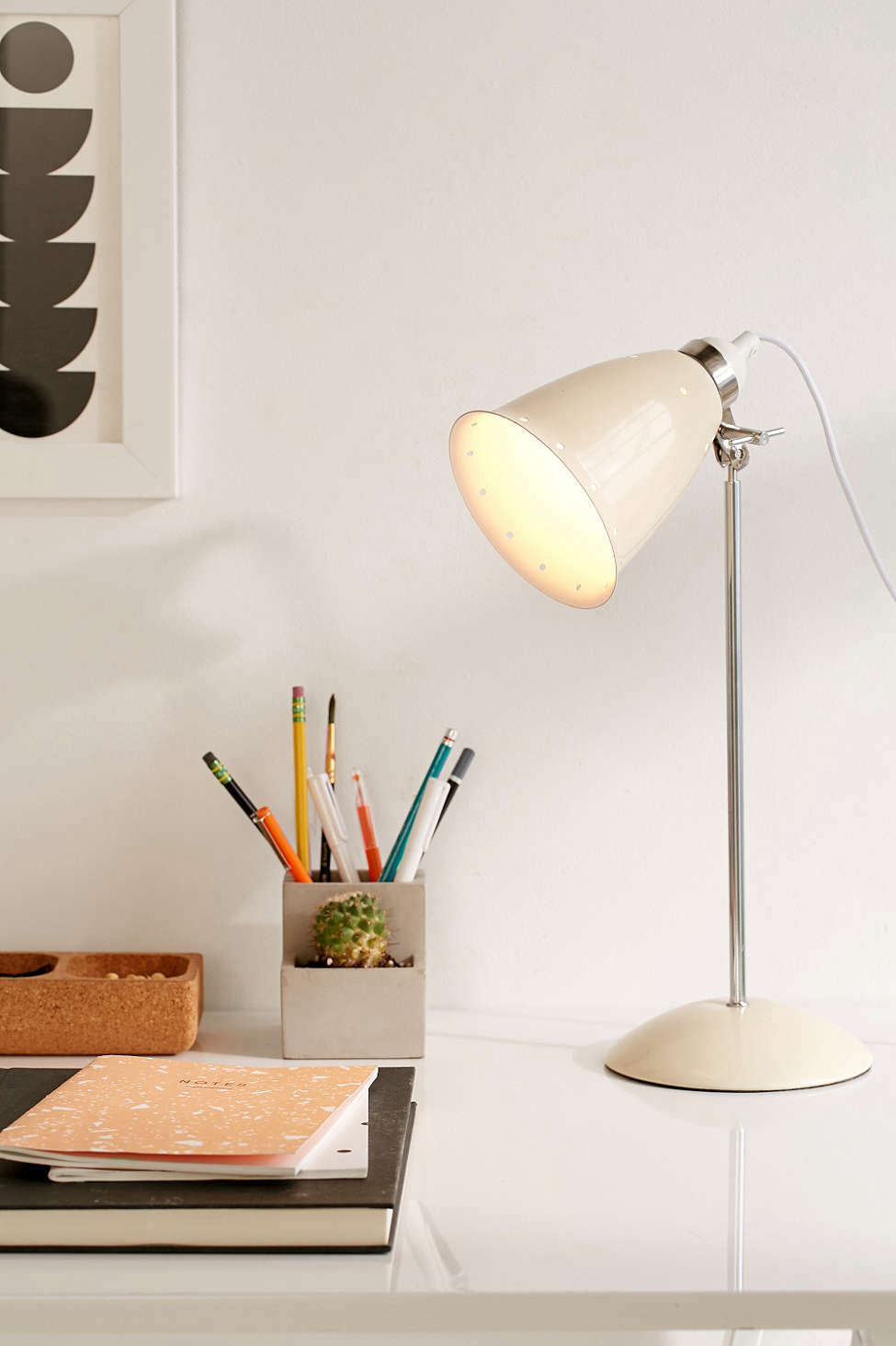 High Low Original Btc Hector Table Lamp