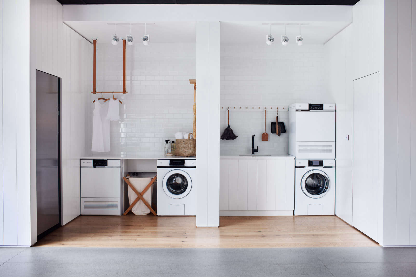 Steal This Look All White Laundry Room In Melbourne