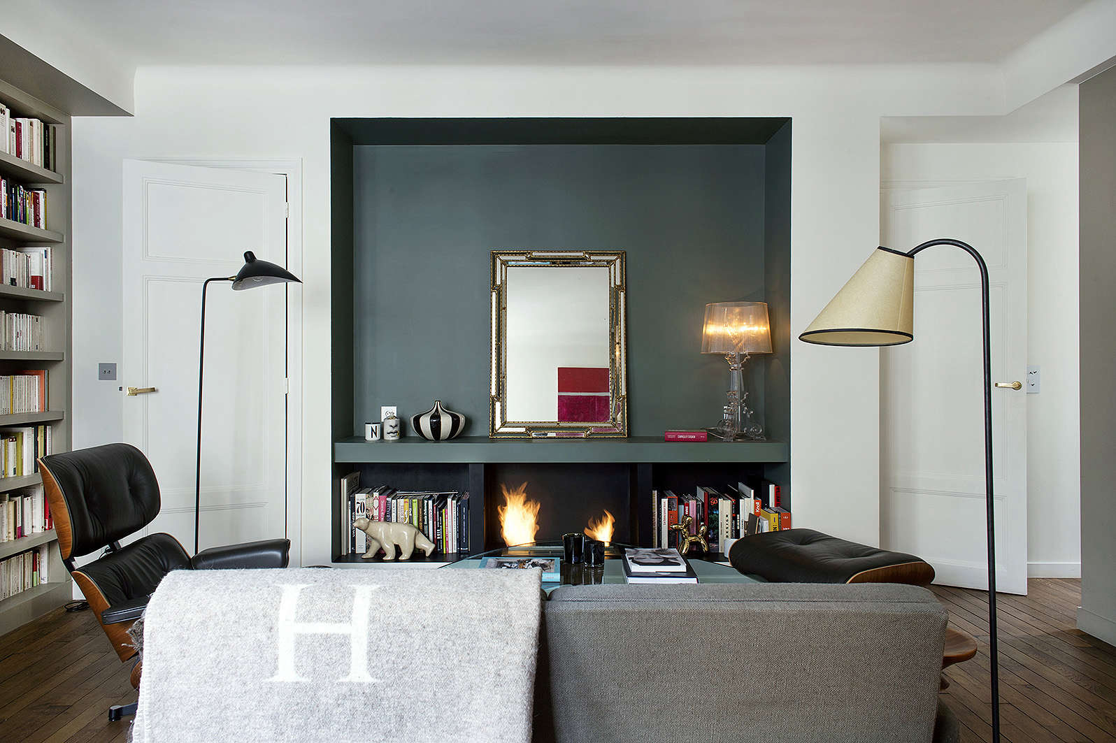 9 small space ideas to steal from a tiny paris apartment for Living room 101 atlantic ave boston