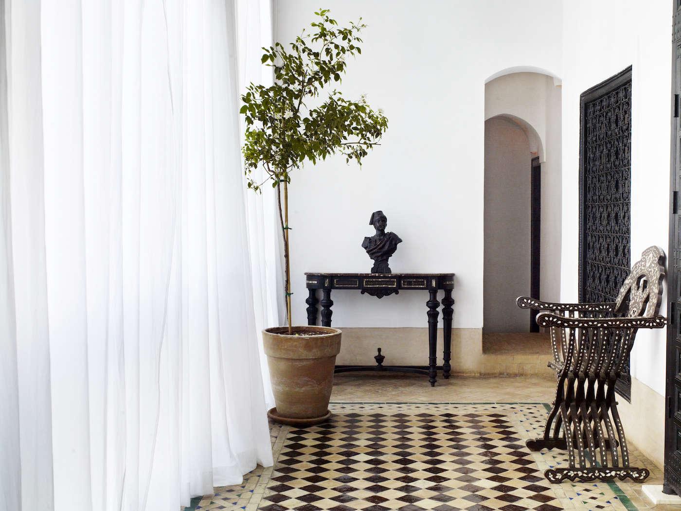 A romantic riad from uk designer jasper conran remodelista for Decore hotel jasper