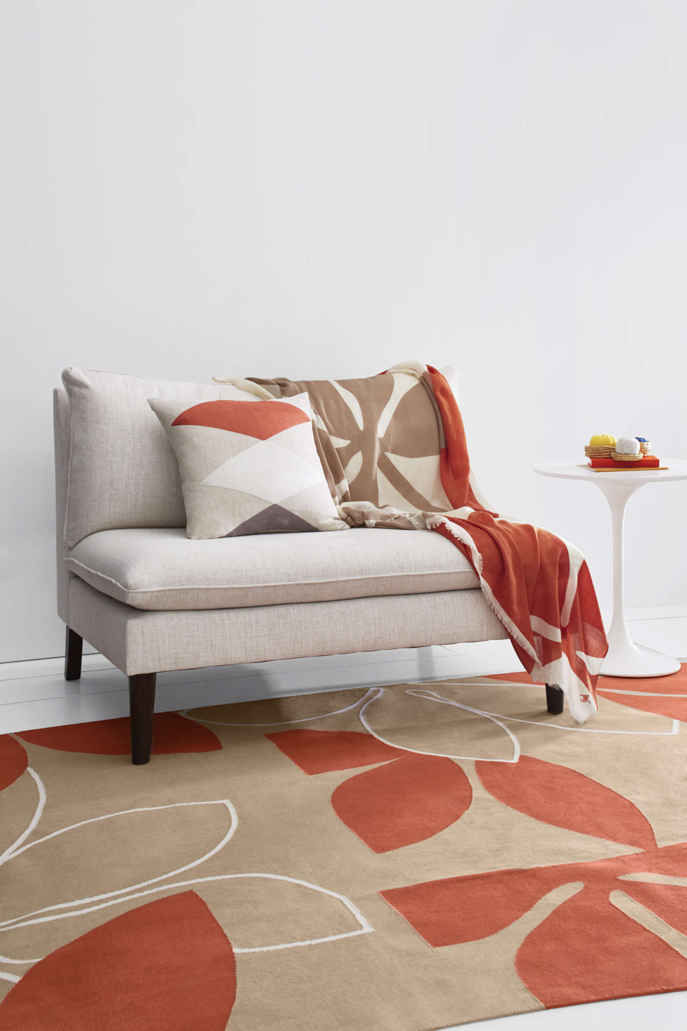 Is Valued At Up To 820 It Includes A Brushstroke Matelass Coverlet 228 For King Two Shams 68 Each Supima Percale Bedding