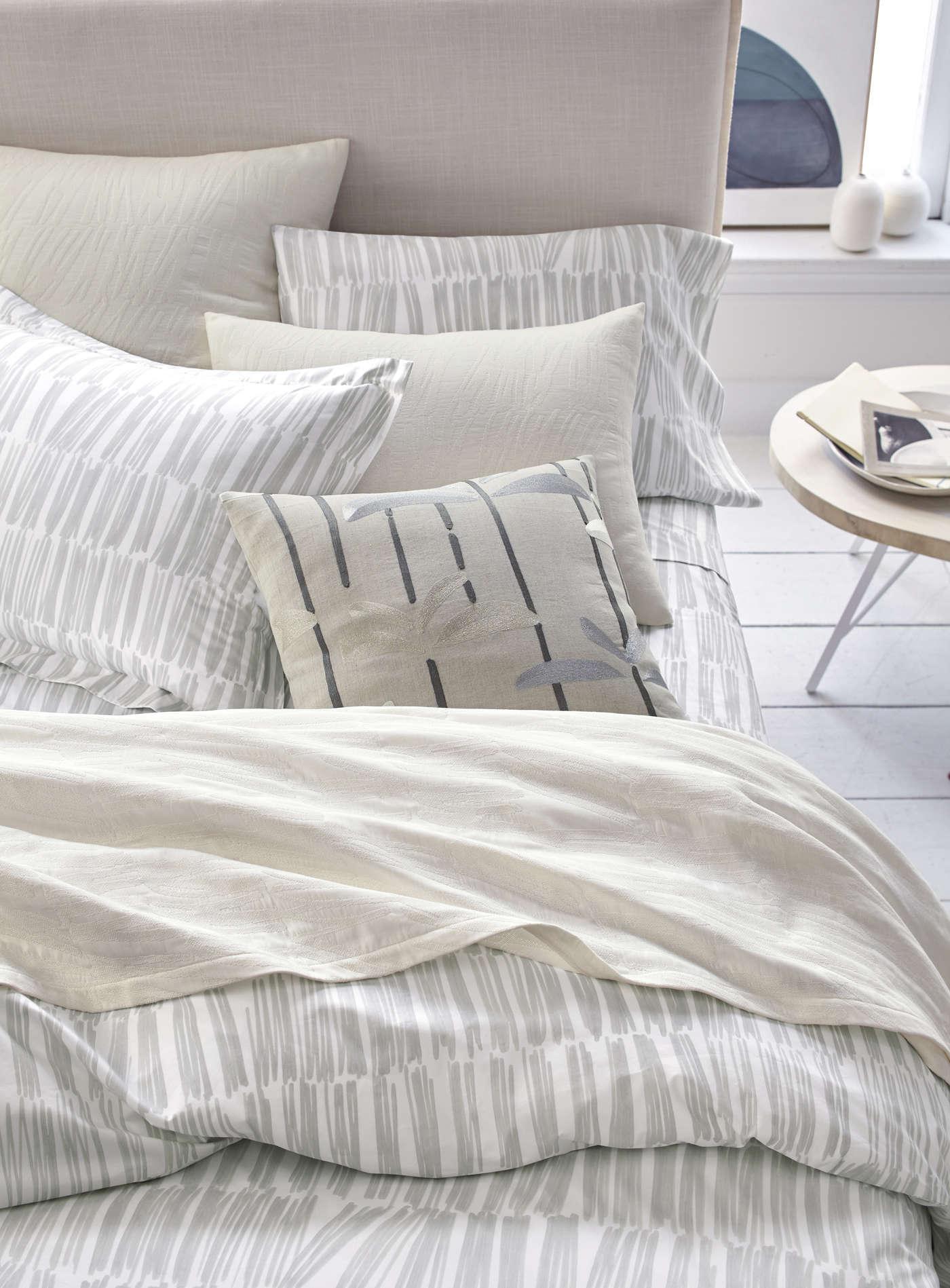 ross product show joey sets covers comforter friends duvet chandler phoebe monica cover rachel tv