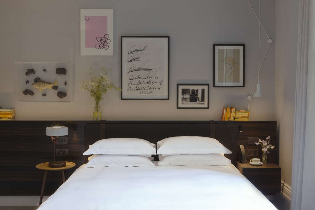 The Laslett Notting Hill Master Bedroom Suite