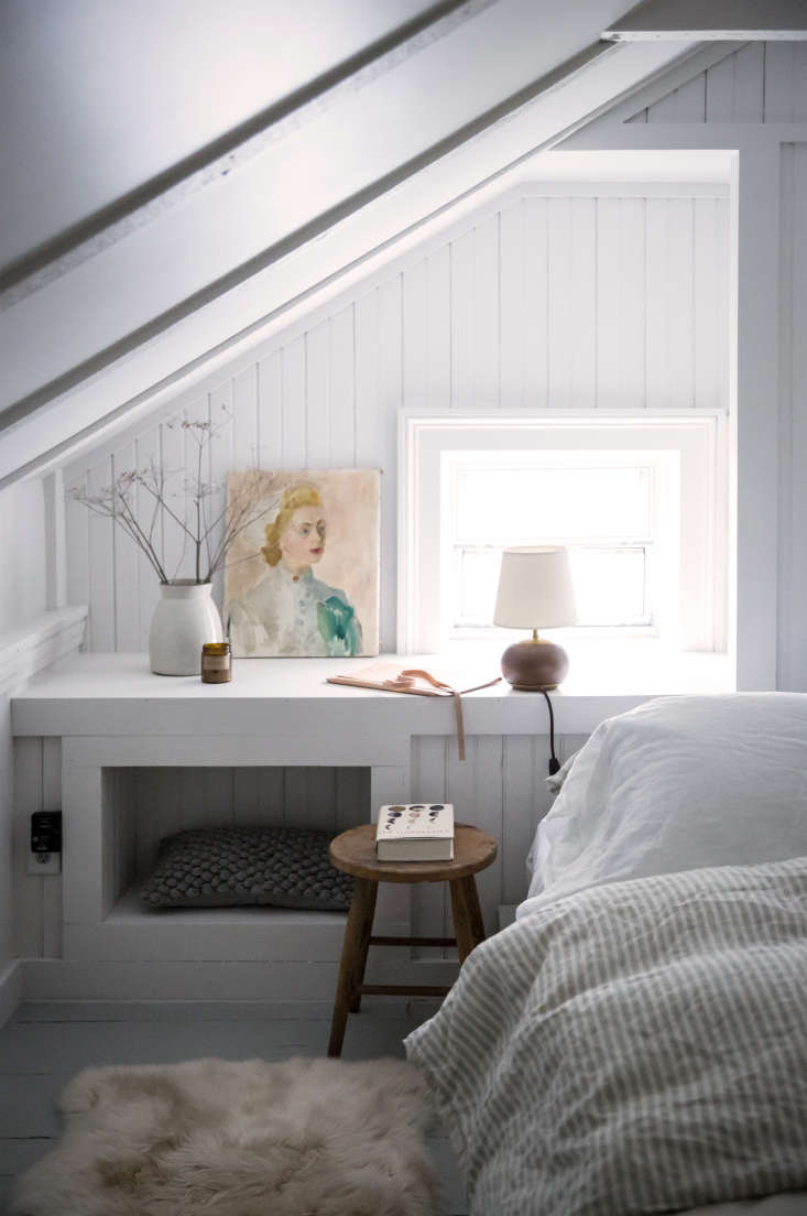 For an update in thishistoric Hudson Valley home, Tara and Percy created a cozy, yet contemporary, bedroomnookwith beadboard painted in fresh white. Note how even the recessed shelf gets this textured treatment. (See:Old Soul: A Revolution-Era Hudson Valley Home Gets an Update from Jersey Ice Cream Co.) Photograph by Beth Kirby.