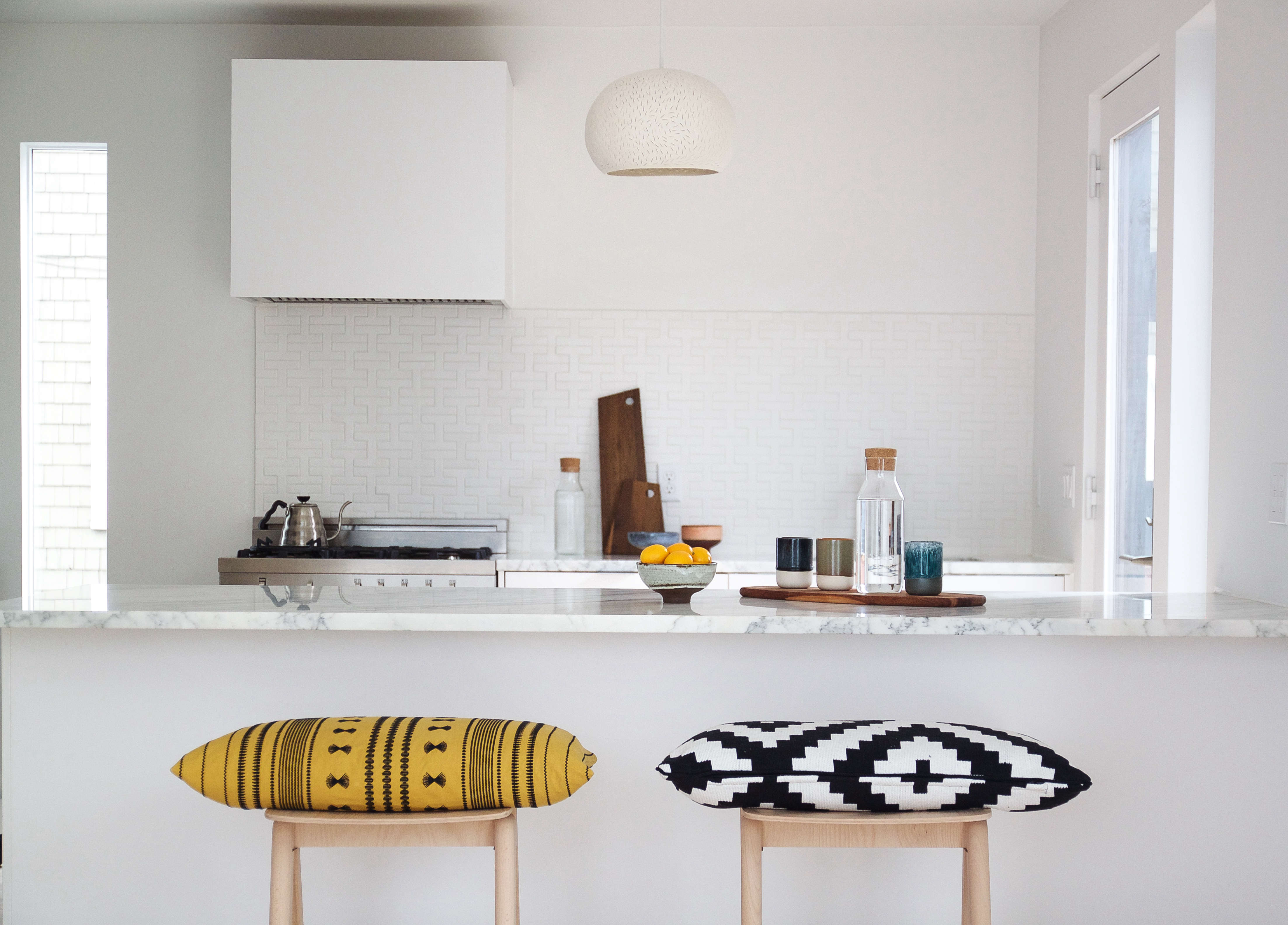 Reader Rehab: A Boston Kitchen Embraces the Light | Remodelista ...