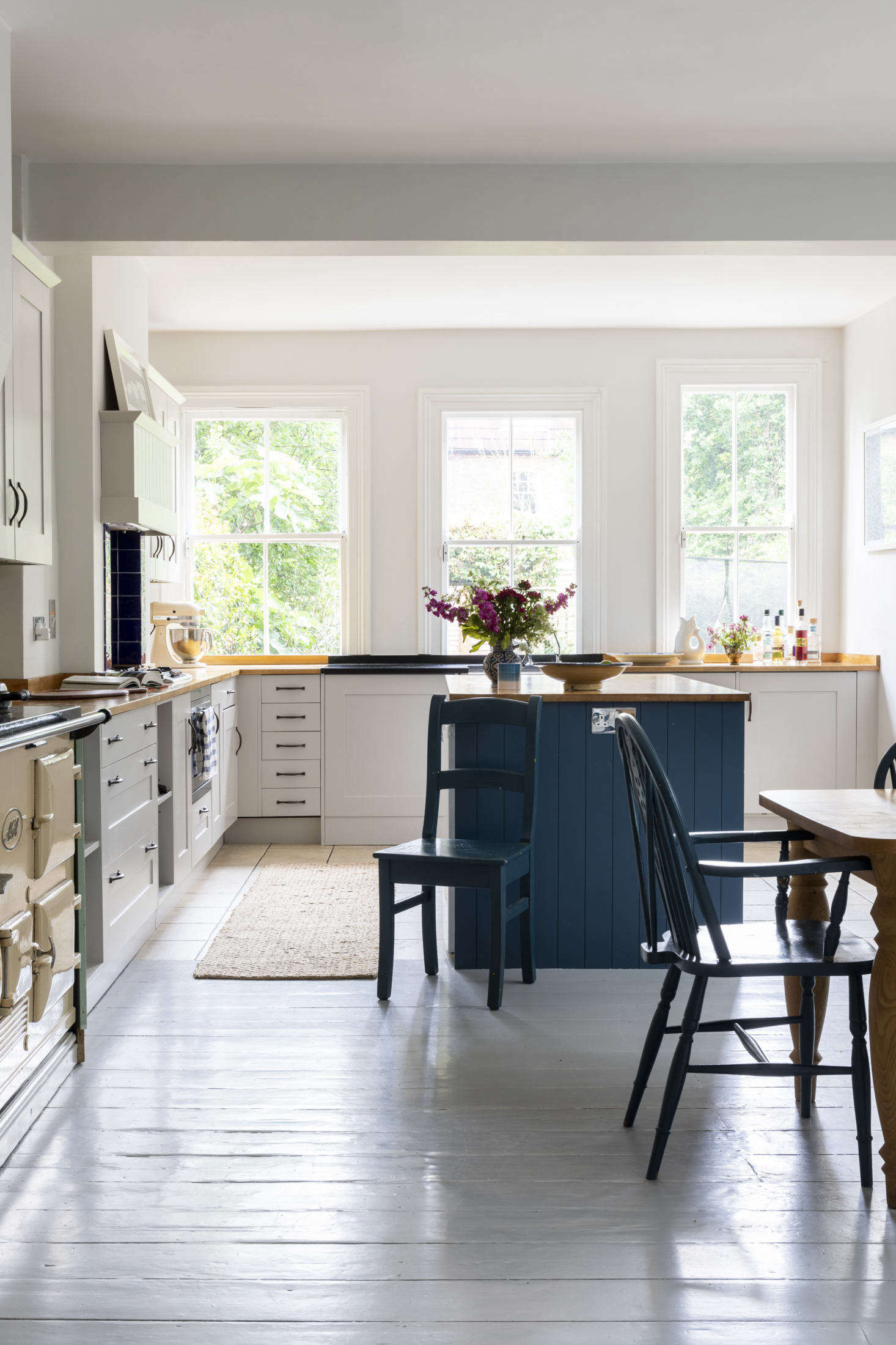 Kitchen/diner in this Victorian family home, London