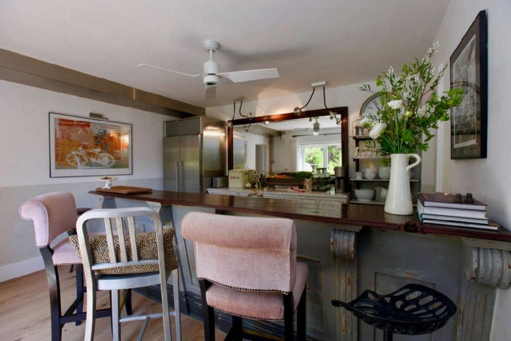 bar & kitchen 9