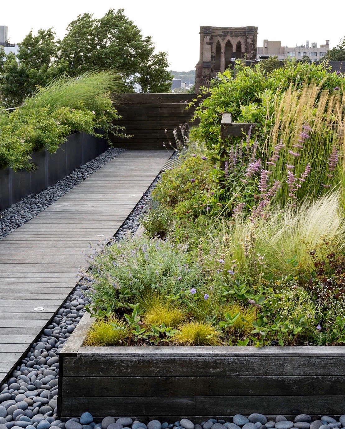 Garden Trees Wooden Outdoor Bech Rooftop Garden Garden: 10 Easy Pieces: Wooden Walkways