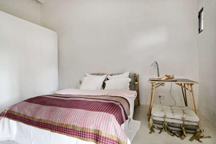 Bedroom in LSL Architects' refurbished 18th century farmhouse Les Baux de Provence. Katrin Vierkant photo.