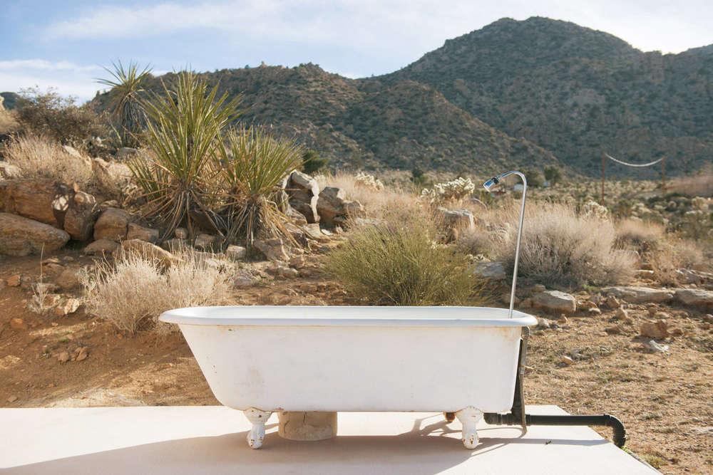 The New Outdoor Bath 10 Open Air Tubs For Summer Soaks Gardenista