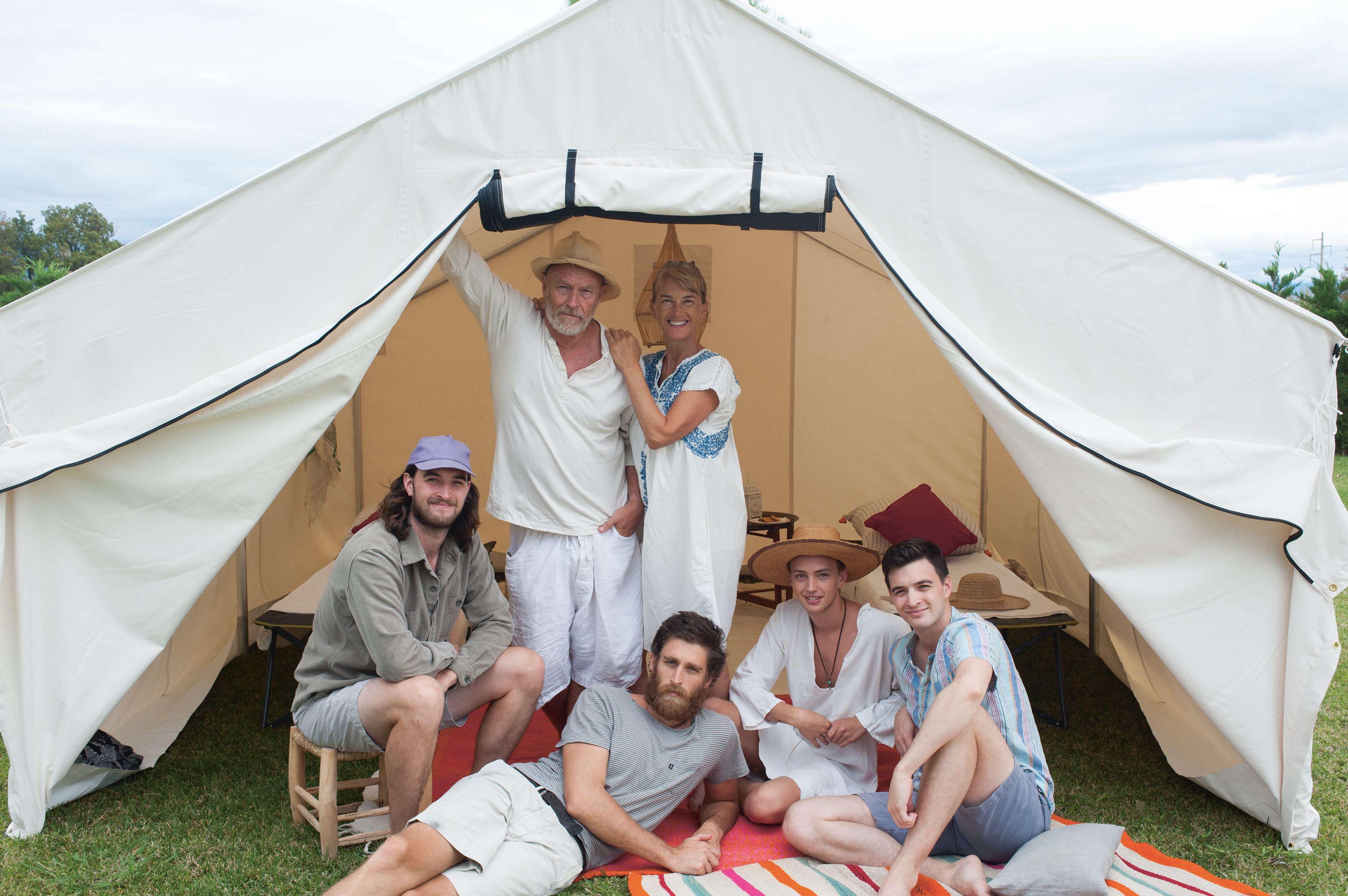 amanda pays corbin bernsen and sons photo tim beddow 3