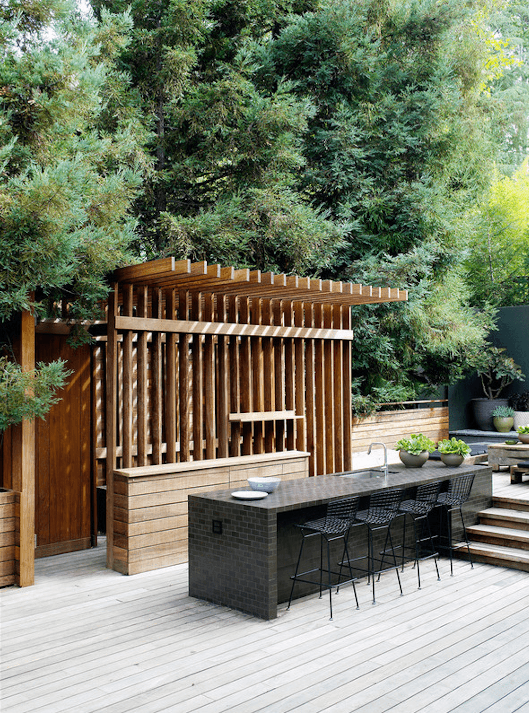 Beyond The Barbecue 15 Streamlined Kitchens For Outdoor Cooking Remodelista