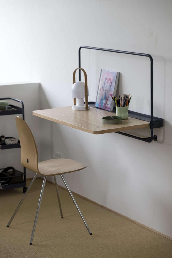 DesignBite Wall Table Metal