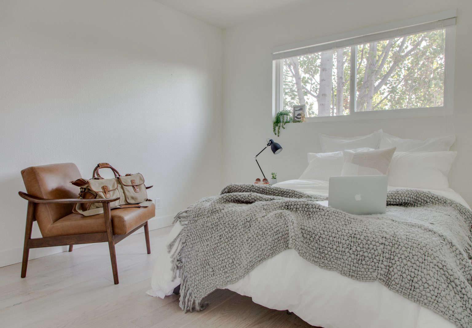 common macarthur bedroom