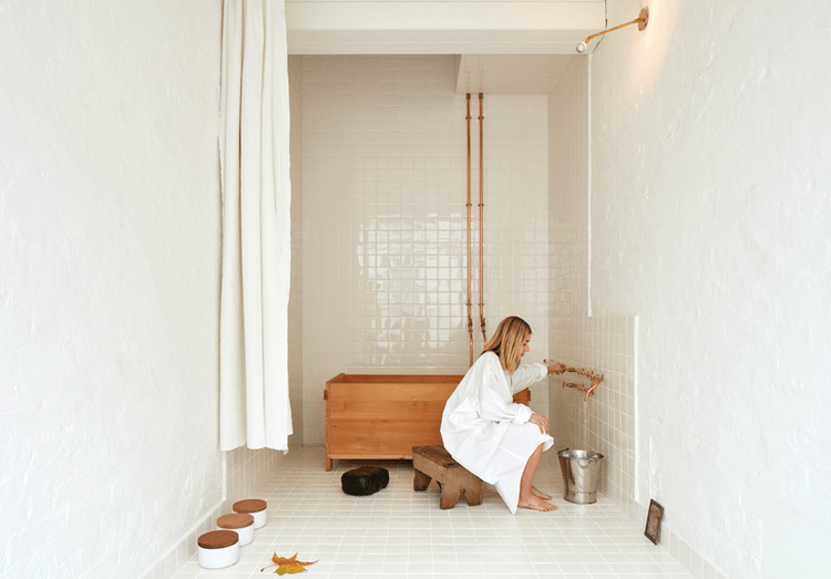 Steal This Look: A Japanese Bathhouse in a London Mews