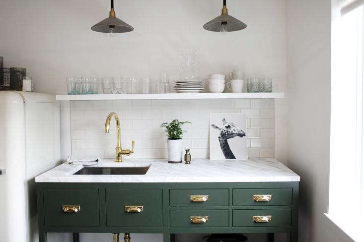 Remodeling 101: What to Know About Choosing the Right Size Kitchen Sink