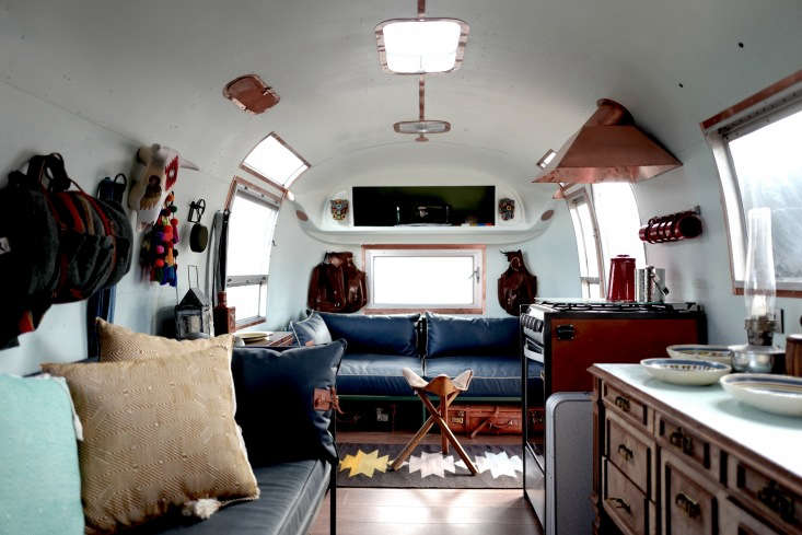 Inside, The Casamidy Polyglot Style Has Been Scaled To Trailer Size: 27  Feet Long