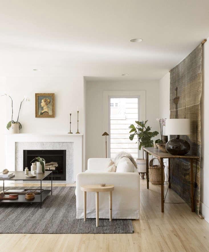 Simmons Living Room