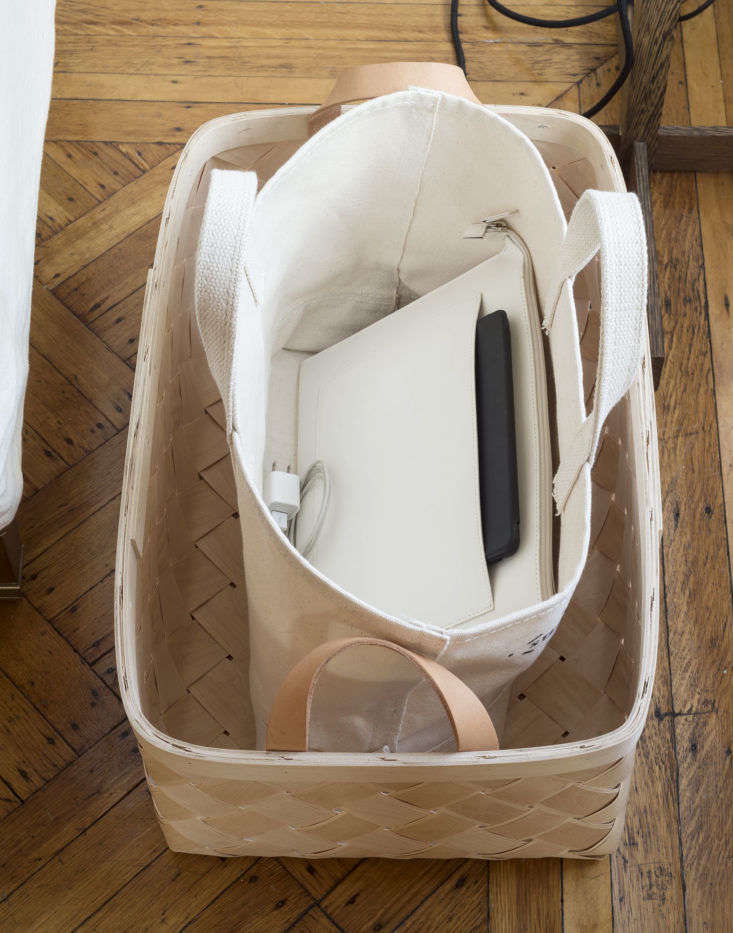 Tech in Tote, Photo by Matthew Williams for The Organized Home