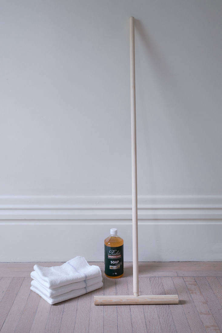 An eco-friendly floor-cleaning solution: read more in The Cuban Mop: The Near Perfect Cleaning Tool You've Never Heard of (and How to Use It). Photograph by Justine Hand for Remodelista.