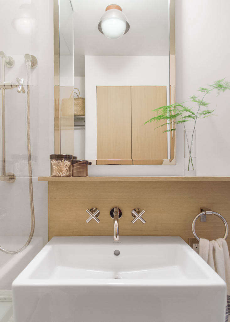 Before after a trend proof bath remodel in brooklyn for Bathroom renovation brooklyn
