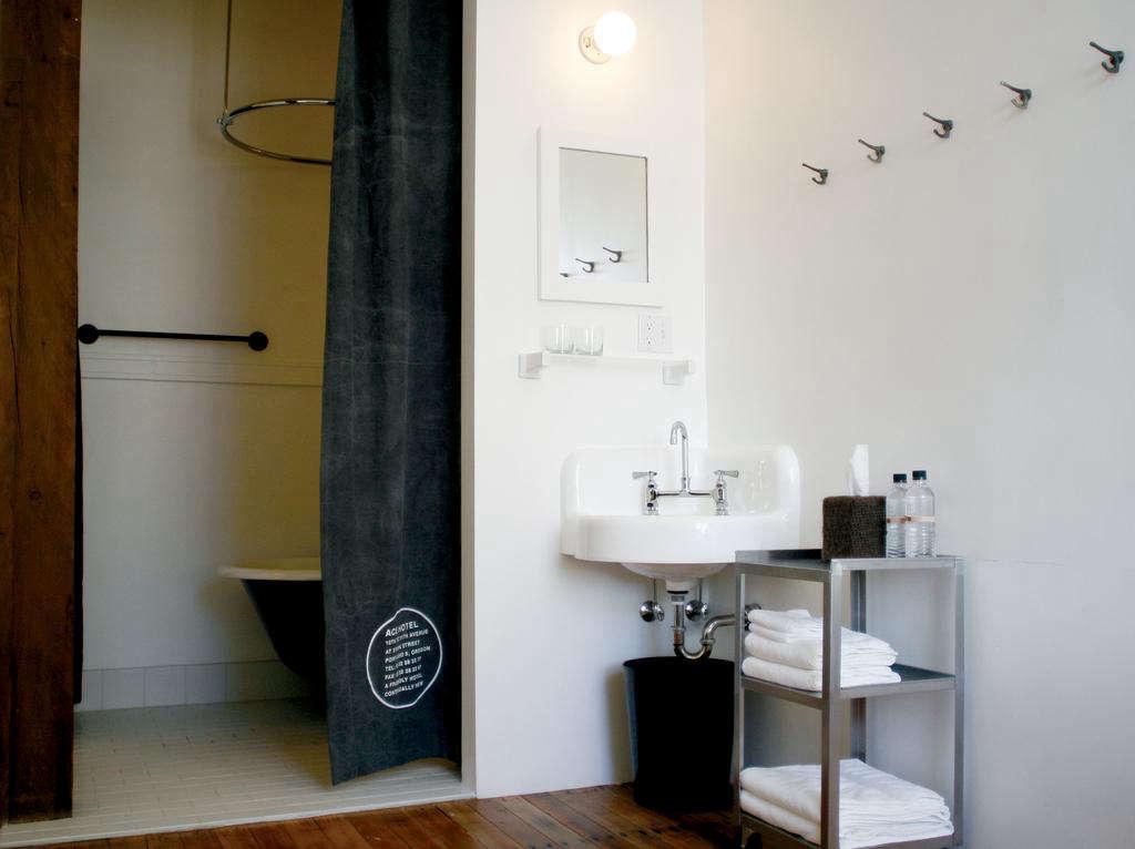 ace hotel portland en suite bath sink