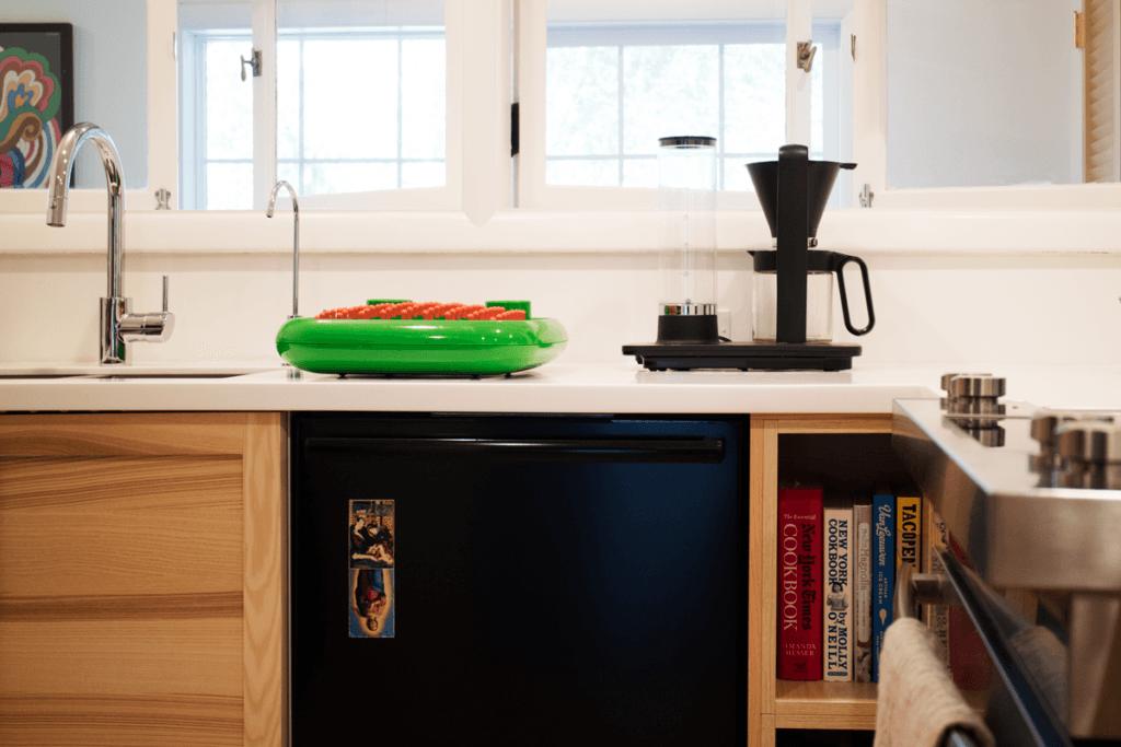 Simpler Days  A kitchen overhaul in Portland portrait 3_26