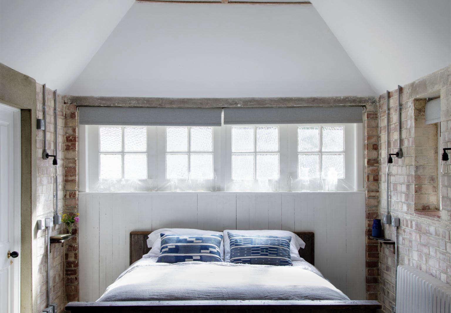 mark lewis design london garage conversion guest room 3
