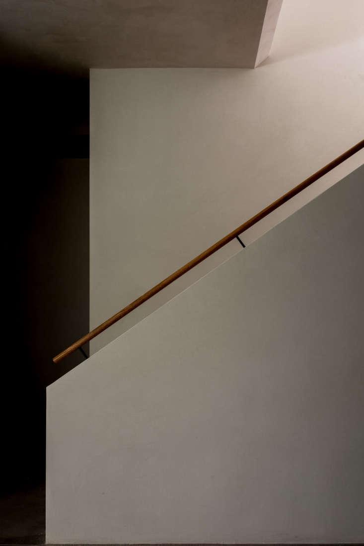 Lighting Basement Washroom Stairs: PNC Real Estate Newsfeed » Midcentury Modernized: A