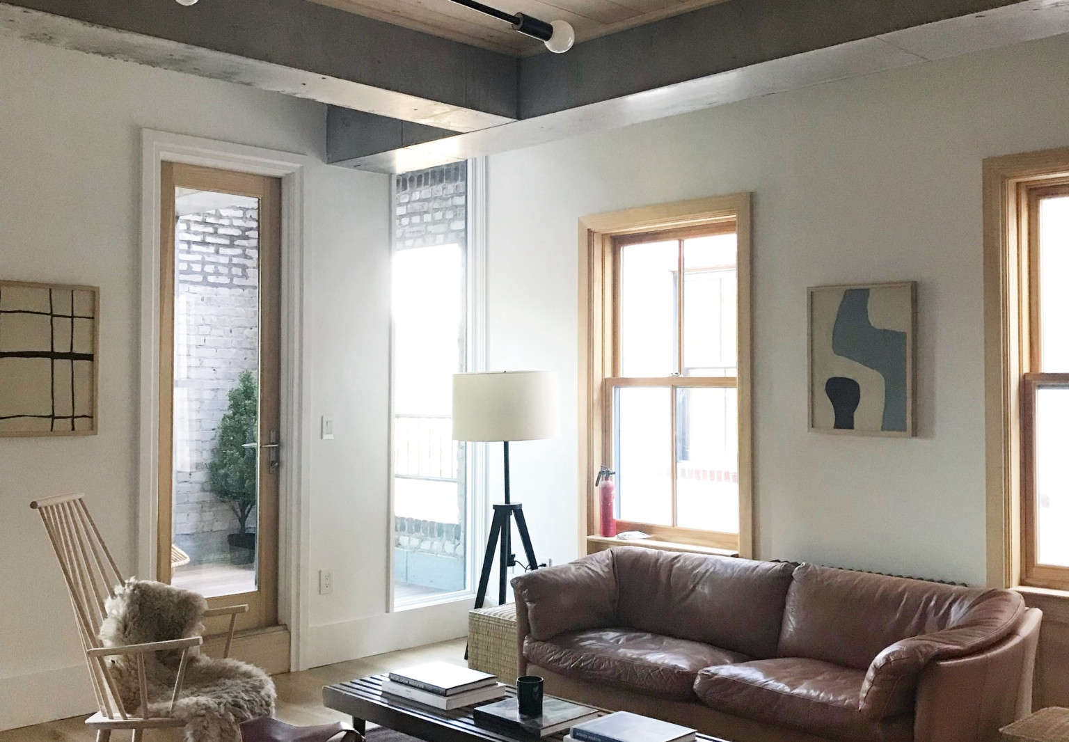 hovey design staging 5th and green living room