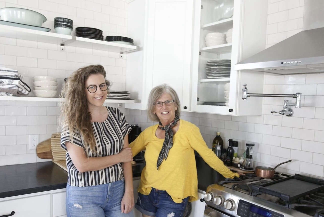 How to Avoid Rookie Remodeling Mistakes 9 Tips from MotherDaughter House Flippers Matriarchy Build portrait 3